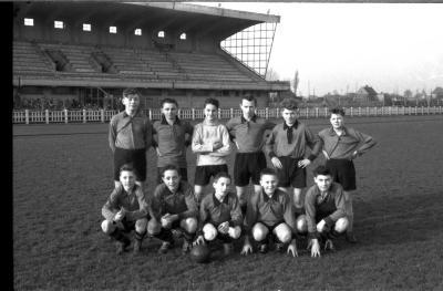 Voetbalploeg, spelers bij de kadetten, Izegem 1957