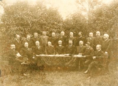 Bestuur- en Toezichtsraad & H.H. Schrijvers der samenwerkende Brandverzekeringsmaatschappij, Rousselare, 1908