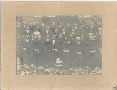 Familiefoto trouw grootouders Christelle Dejonckheere, 1919