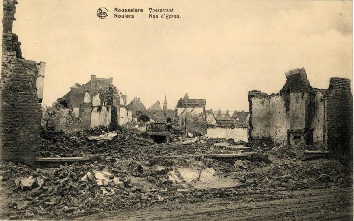 Huizen in puin in de Ieperstraat