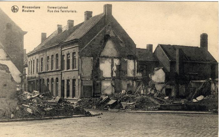 Vernielde huizen in de Verwerijstraat en op het Sint-Michielsplein