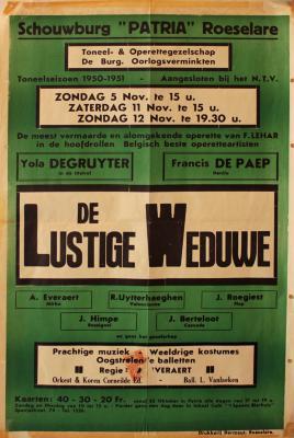 """Affiche van de Operetteopvoering """"De Lustige Weduwe"""" door het  toneel- en operettegezelschap """"de Burgerlijke Oorlogsverminkten"""", Roeselare, 1950"""