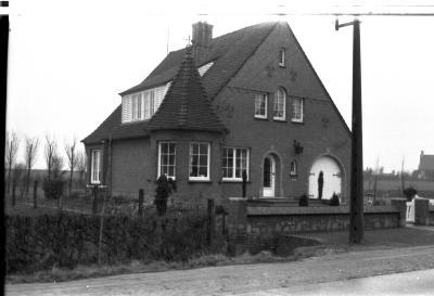 Villa aan Zilverberg (den aap), Rumbeke 1957