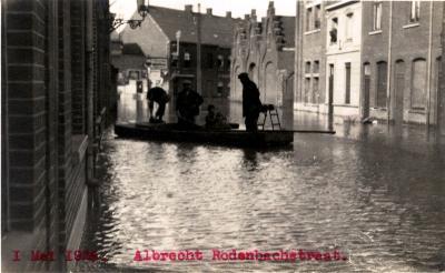 Overstroming Albrecht Rodenbachstraat, 1925