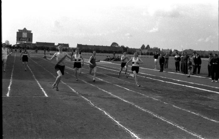 Atletiek: lopen, Izegem 1957