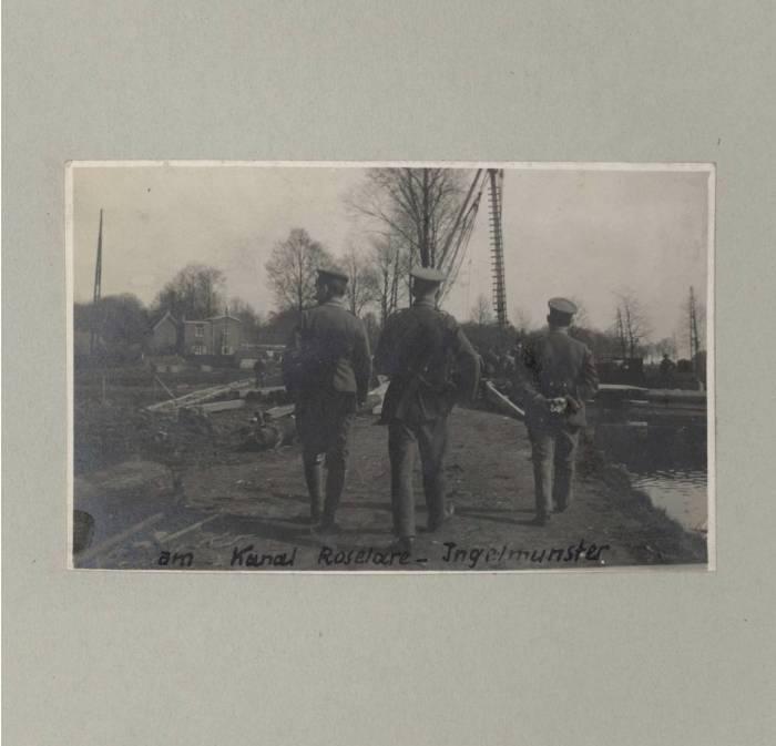 Ingelmunster, soldaten langsheen kanaal Roeselare Leie