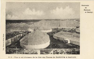 Luchtfoto van het tentenkamp van Barnum & Bailey