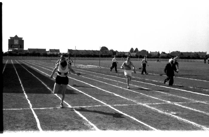 Atletiekwedstrijd: lopen, Izegem 1957
