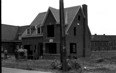 Huis in aanbouw, Izegem 1957