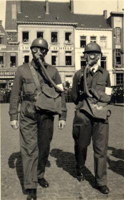Oefening Passieve Luchtbescherming, gasmaskers, 1938