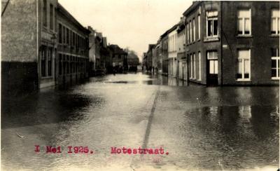 Overstroming Motestraat, 1925