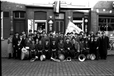 "Viering fanfare ""Burgerswelzijn"", Izegem, 1959"