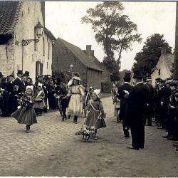 Installatiestoet Van Ryckeghem, Krottegem, 1911
