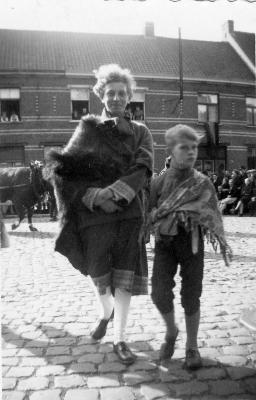 Heilig-Hartprocessie, oude Belgen, 1946