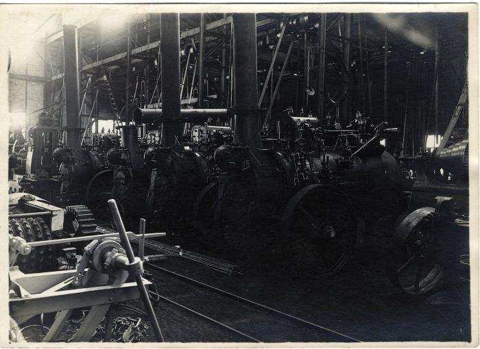 Afgewerkte stoommachines van de fabriek Sabbe & Steenbrugge (SAST)