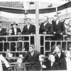 Inhaling burgemeester Gerard Dochy, Oekene, 1948