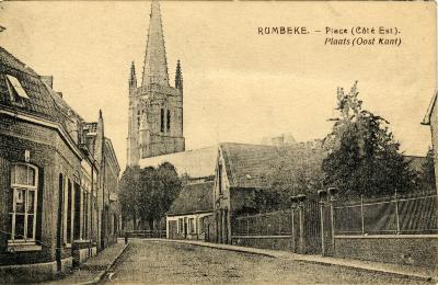 Kerkplein met Sint-Petrus en Pauluskerk, Rumbeke, voor 1914