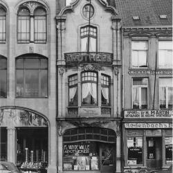 Gevel apotheek Vandewalle, 1951