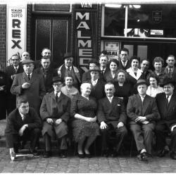 "Huldiging café ""Sint-Elooy"", Izegem, 1959"
