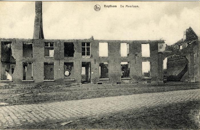 Puin Sint-Lodewijksschool Beitem na bombardement, WO I
