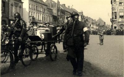 Oefening Passieve Luchtbescherming, fiets voor eerste hulp, 1938