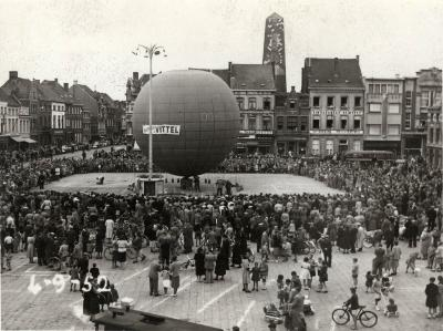 Luchtballon op de Grote Markt