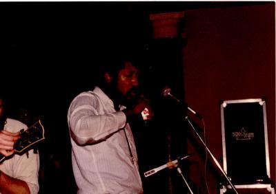 Optreden 'TT Fingers' in 't JOC, Hooglede, 1982