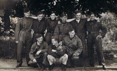 Groepsfoto soldaten Gerard Maertens