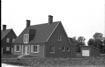 Huis Rebry, voor- en achterzijde, Izegem, 1958