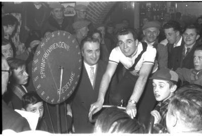 Fietsen op rollen: H. Sabbe op de rollen, Izegem 1958