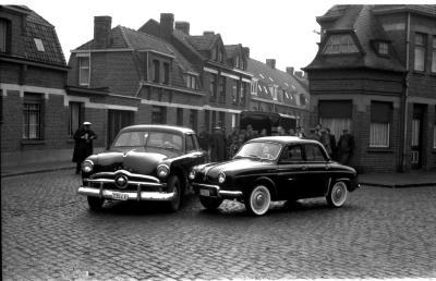Aanrijding 2 auto's, Izegem 1958