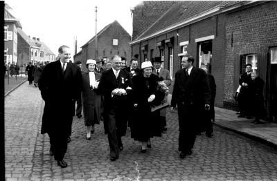 Huldiging Saelen: op weg naar fabriek, Kachtem 1958