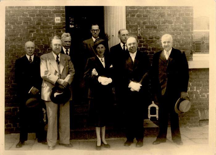 Wijding nieuwe kerkklok, Gits, 1945