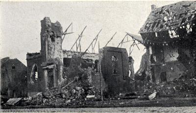 Ruïnes van de Sint-Godelievekerk en de pastorij in Beitem