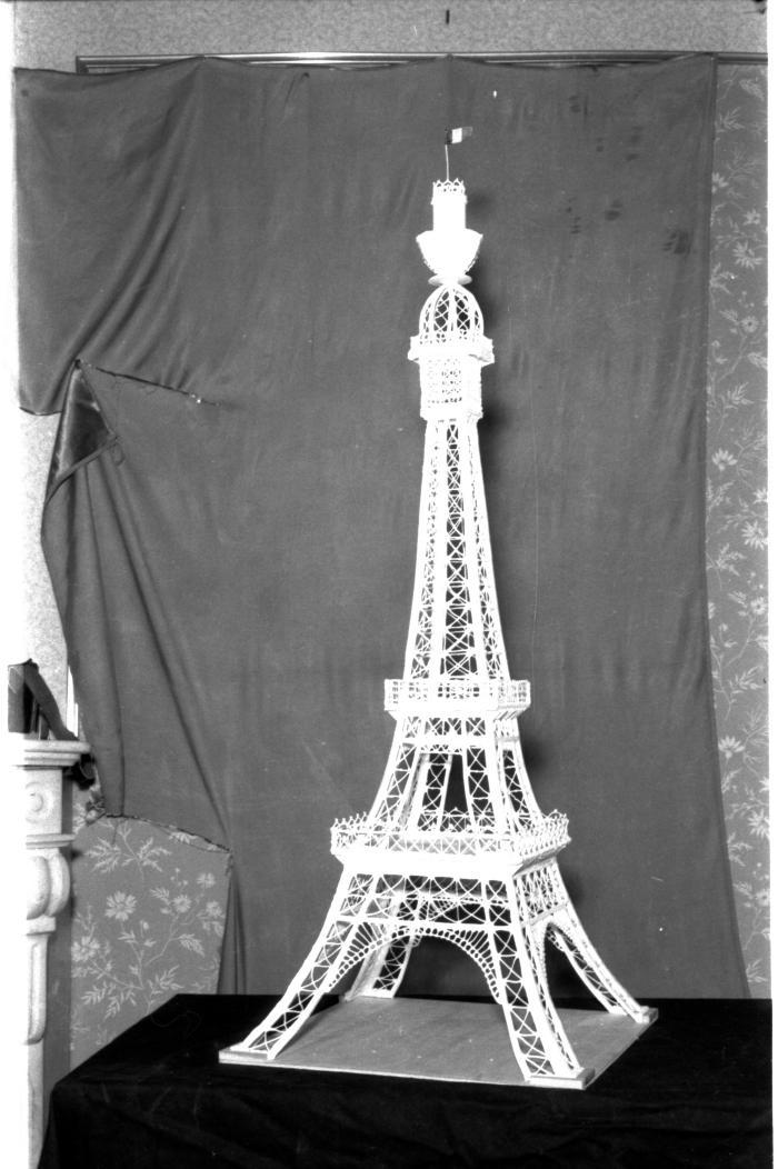 Bakker Willy Hemerick maakt 'Eiffeltoren', Izegem 1958