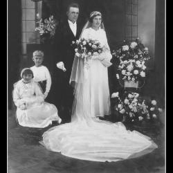 Huwelijk Emiel Pillen - Julia Debraeve, Meulebeke, 1935