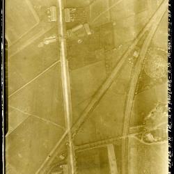 Luchtfoto spoorweg Roeselare-Ieper en Roeselare-Menen