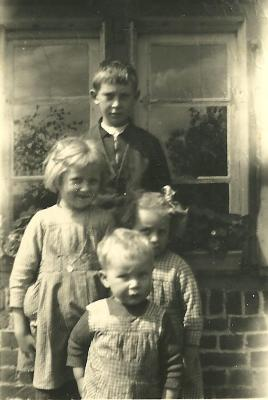 Kinderen Parret en Rosa Demeulenaere, Gits