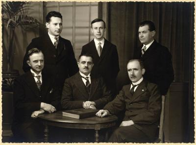 Groepsfoto van het onderwijspersoneel van stadsschool I, 1938