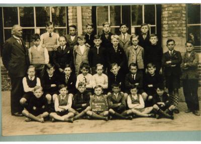 Klasfoto 5de en 6de leerjaar, stadsschool II