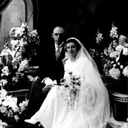 Huwelijksfoto Leon Stragier en Paula Ghekiere.